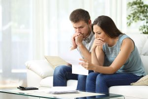 couple struggling with financial wellbeing